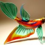 Balık şeklinde hazırlanan dekoratif cam biblo modeli