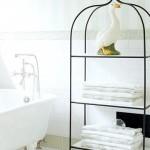 Banyolarda Dekoratif Ve Kullanışlı Raflar