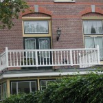 File:Amersfoort.Koningin. Beatrixplantsoen.balkon.JPG