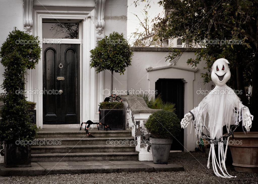 Halloween korkunç hayalet büyük maça ile ön bahçe dekorasyon