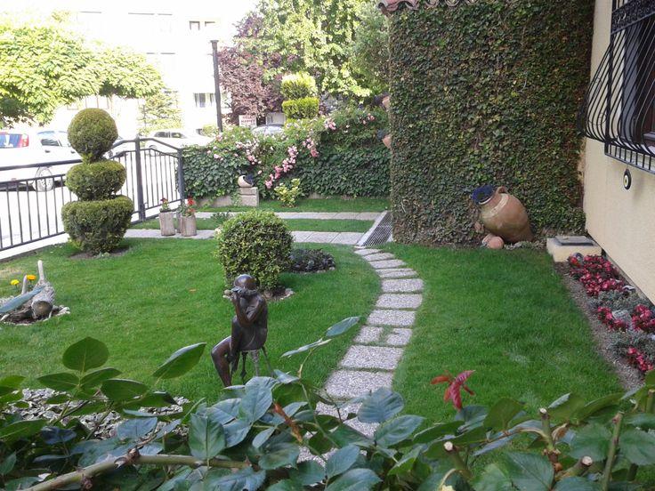 ön bahçe