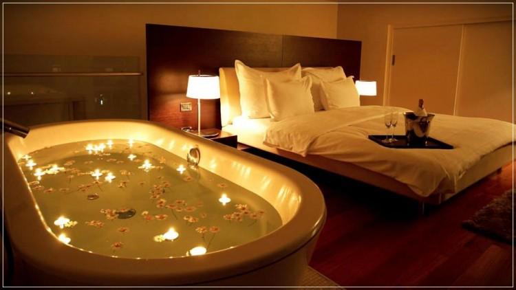 Romantik Yatak Odası Dekorasyonu Önerileri