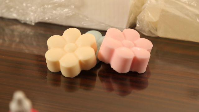 Sabun bazı kalıptan nasıl çıkartılır? videolu anlatım