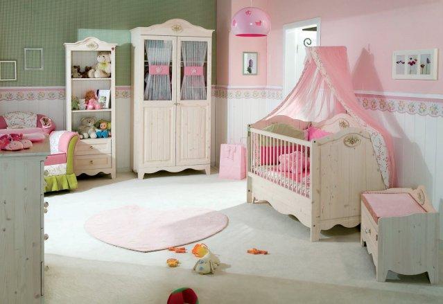 Tekzen bebek odası