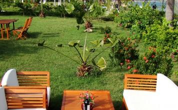 Tekzen'de bahçe mobilyası dönemi başladı