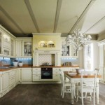 Yeni evlere eski tarz mutfaklar