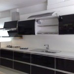 Akrilik Siyah Mutfak Dolabı