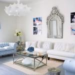 Mavi beyaz rengarenk salon dekorasyonu tasarımı