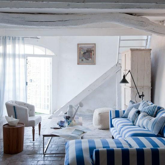 mavi beyaz yazlık ev dekorasyonu
