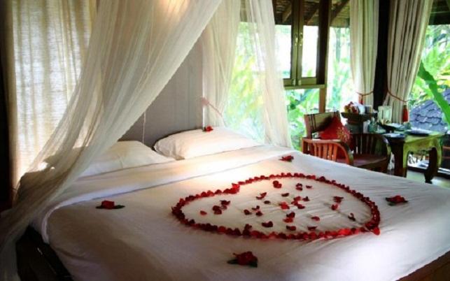 Romantik yatak odası sorğusuna uyğun şekilleri pulsuz yükle