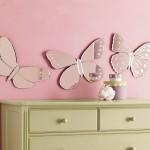 Salıncakta iki Kişi: {Kız Çocuk Odası icin kelebek figürlü