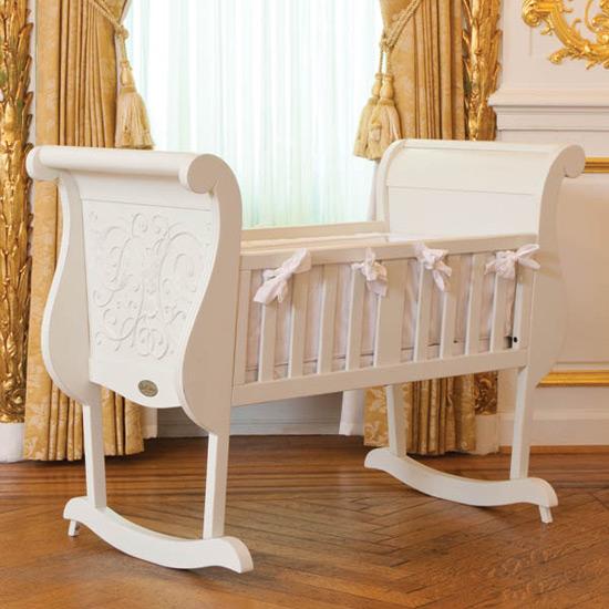 Bebeğiniz doğmak üzere. Beşik şart. Peki hangisi?
