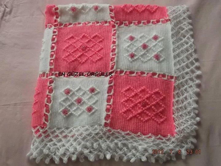 En Güzel Örgü Bebek Battaniye Modelleri