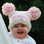 Renkli örgü bebek şapkası modelleri