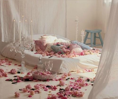 Romantik Yatak Odası Örnekleri