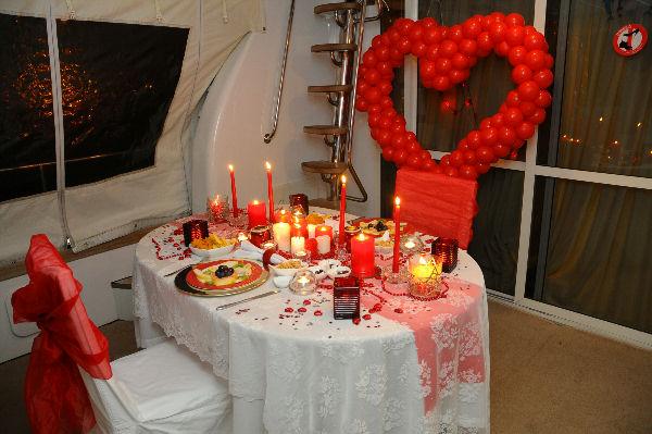 Sürpriz Evlilik Teklifi Nasıl Yapılır? | Hediye Tavsiyeleri