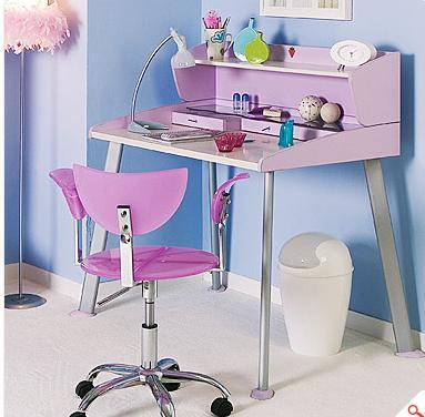 Çocuklar için ders çalışma masaları çok eğlenceli | En Moda Trend